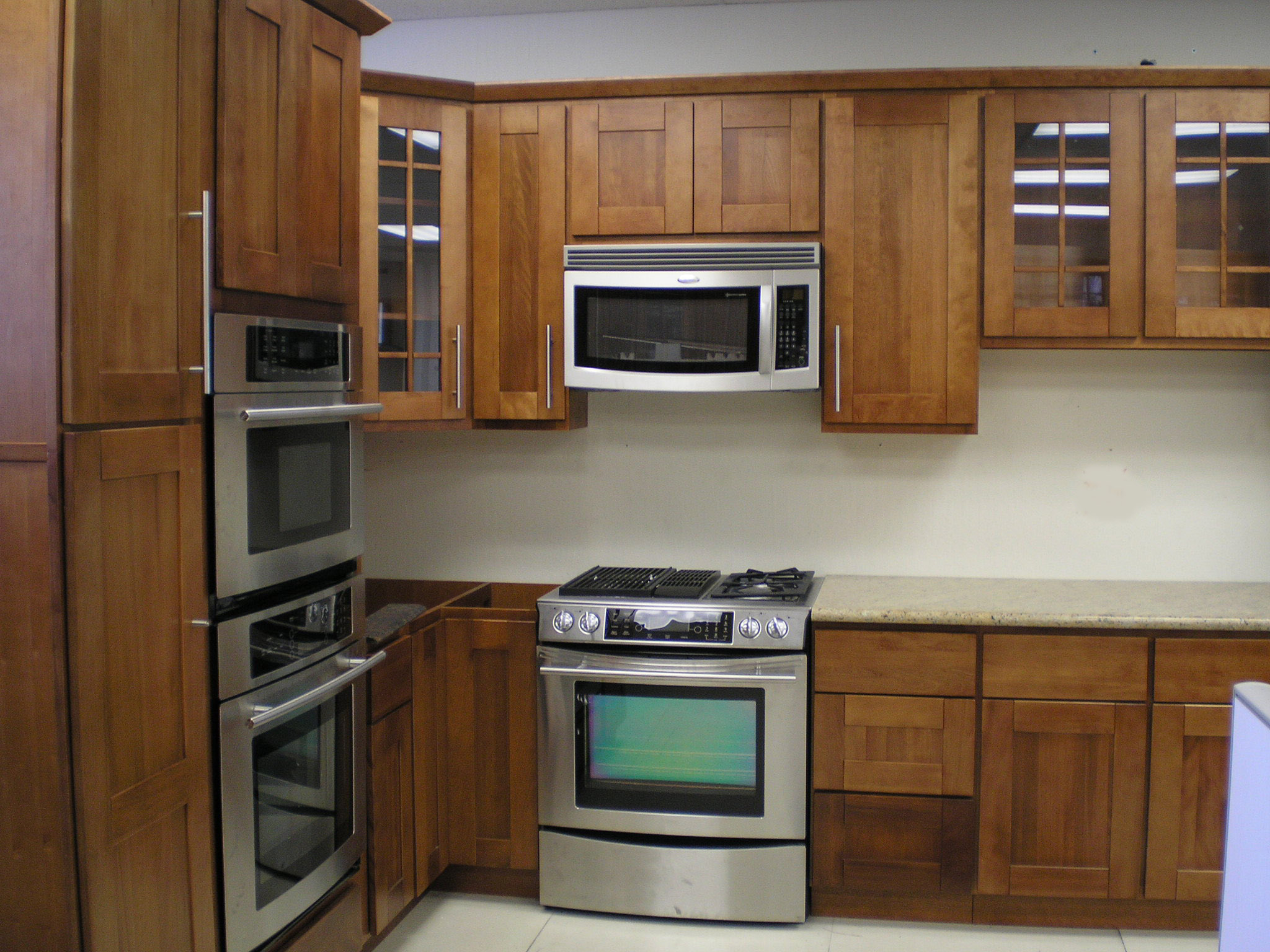Discount all wood cherry kitchen cabinets for Bargain kitchen cabinets
